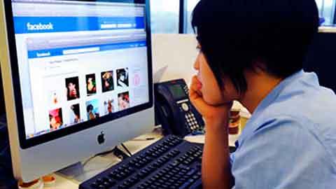 Cómo Prevenir y Manejar El Acoso y Ciber-Acoso